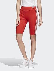 adidas Originals - SHORT TIGHT - träningsshorts - lusred/white - 0