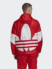 adidas Originals - BIG TREFOIL WB - athleisure jackets - lusred - 5