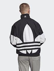 adidas Originals - BG TREFOIL TT - athleisure jackets - black - 4