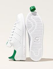 adidas Originals - Stan Smith - låga sneakers - ftwwht/ftwwht/green - 6