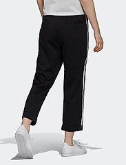 adidas Originals - Primeblue Relaxed Boyfriend Pants W - bukser - black - 5