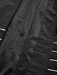 adidas Originals - LRG LOGO TT - kurtki sportowe - black/white - 5