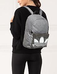 adidas Originals - AC CLASSIC BP - torby treningowe - black/white - 0