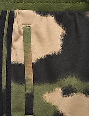 adidas Originals - Camo Sweat Pants - treenihousut - wilpin/multco/black - 4