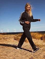 adidas Originals - Adicolor Classics Boiler Suit W - sportieve tops - black - 0