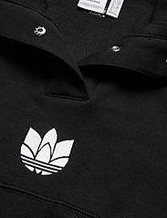 adidas Originals - Adicolor 3D Trefoil Fleece Half-Zip Sweatshirt W - sweatshirts - black - 4