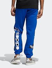 adidas Originals - Forum Sweat Pants - treenihousut - royblu - 3