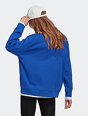 adidas Originals - Adicolor Essentials Sweatshirt W - sweatshirts - boblue - 3