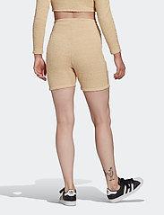 adidas Originals - Shorts W - træningsshorts - hazbei - 5