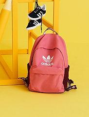 adidas Originals - Adicolor Backpack - nyheter - roston/viccri/white - 0