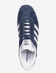 adidas Originals - Gazelle - lav ankel - conavy/white/goldmt - 3