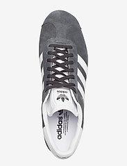 adidas Originals - Gazelle - lav ankel - dgsogr/white/goldmt - 3