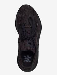 Swift Run J (Cblackcblackcblack) (69.95 €) adidas