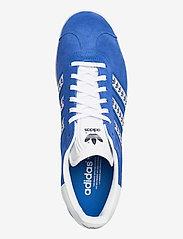 adidas Originals - GAZELLE - lav ankel - blue/ftwwht/goldmt - 3