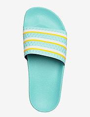 adidas Originals - ADILETTE - sneakers - bluzes/ftwwht/wonglo - 3