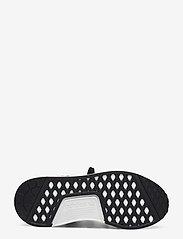 adidas Originals - NMD_R1 W - laag sneakers - cblack/ftwwht/hazros - 4
