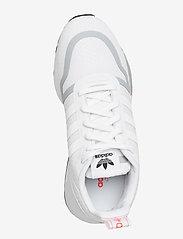 adidas Originals - Multix W - sneakers - ftwwht/ftwwht/halsil - 3