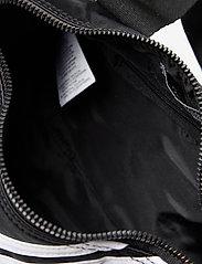 adidas Originals - MINI D NYLON - salilaukut - black - 4