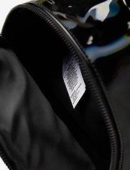 adidas Originals - BP MINI PU - trainingstassen - black - 4