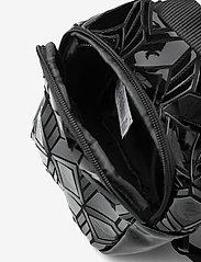 adidas Originals - BP MINI 3D - trainingstassen - black - 4