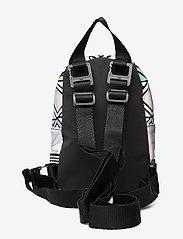 adidas Originals - BP MINI 3D - trainingstassen - silvmt - 1