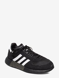 MARATHON TECH - låga sneakers - cblack/ftwwht/tracar