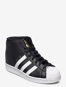 Superstar Up W - hoge sneakers - cblack/ftwwht/goldmt
