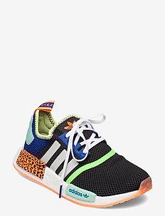 NMD_R1 - låga sneakers - cblack/ftwwht/scrora