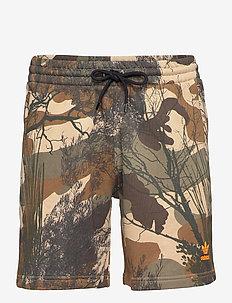 CAMO AOP SHORT - casual shorts - hemp/brooxi/eargrn/ap