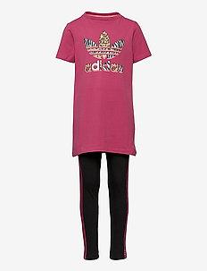 Graphic Print T-Shirt Dress Set - joggingset & tvådelade set - wilpnk/multco