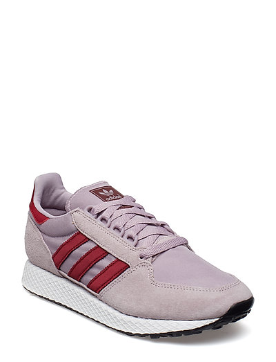 6e71bd224 Forest Grove W (Sofvis/cburgu/cwhite) (£45.47) - adidas Originals - |  Boozt.com