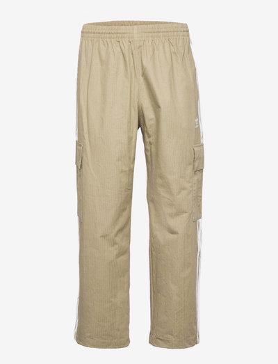 Adicolor Classics 3-Stripes Cargo Pants - cargo shorts - orbgrn