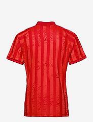 adidas Performance - FREELIFT TEE ENGINEERED AERORE - t-shirts - 000/scarlet - 2