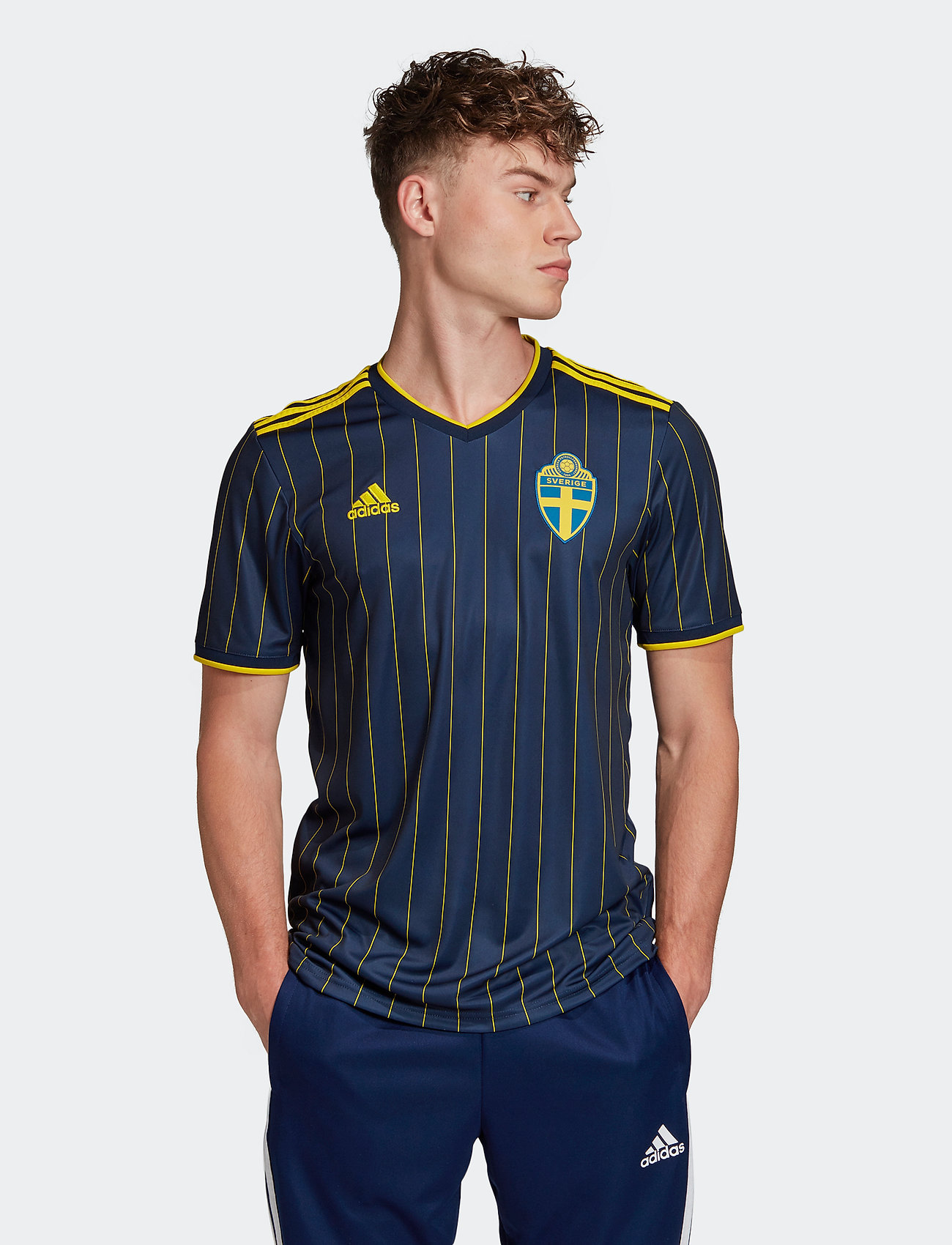 adidas Performance - Sweden 20/21 Away Jersey - football shirts - nindig/yellow - 0