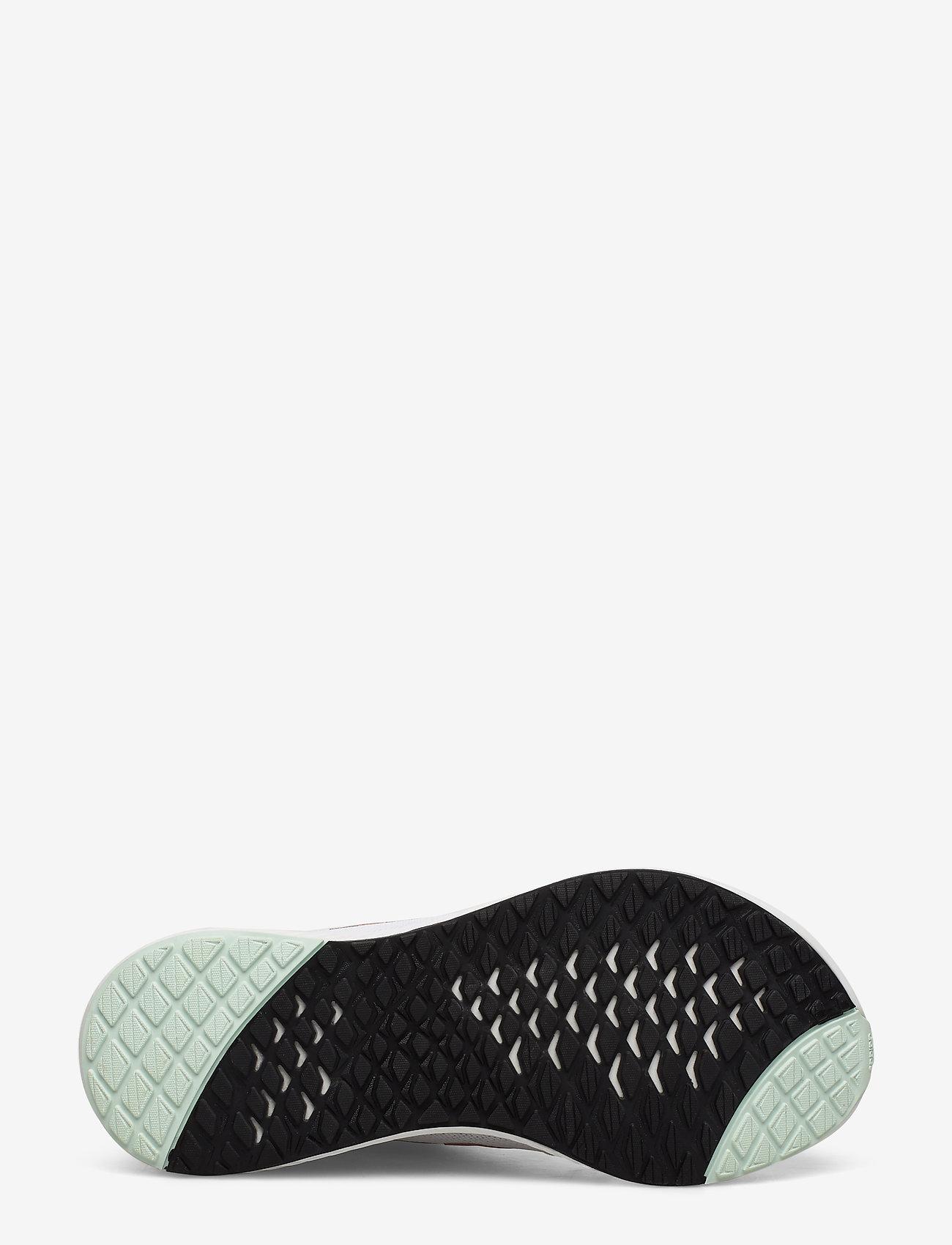 Edge Lux 3 W (Ftwwht/copmt/dshgrn) - adidas Performance