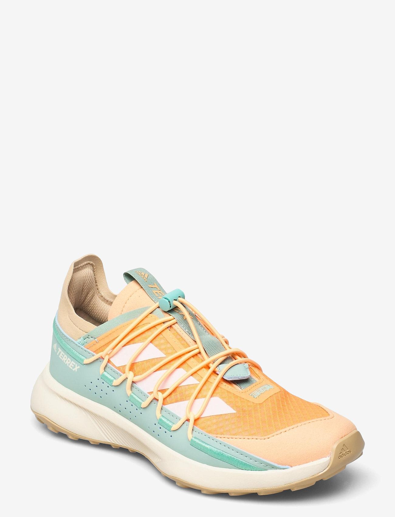 adidas Performance - Terrex Voyager 21 Travel  W - running shoes - scrora/cwhite/hazgrn - 0