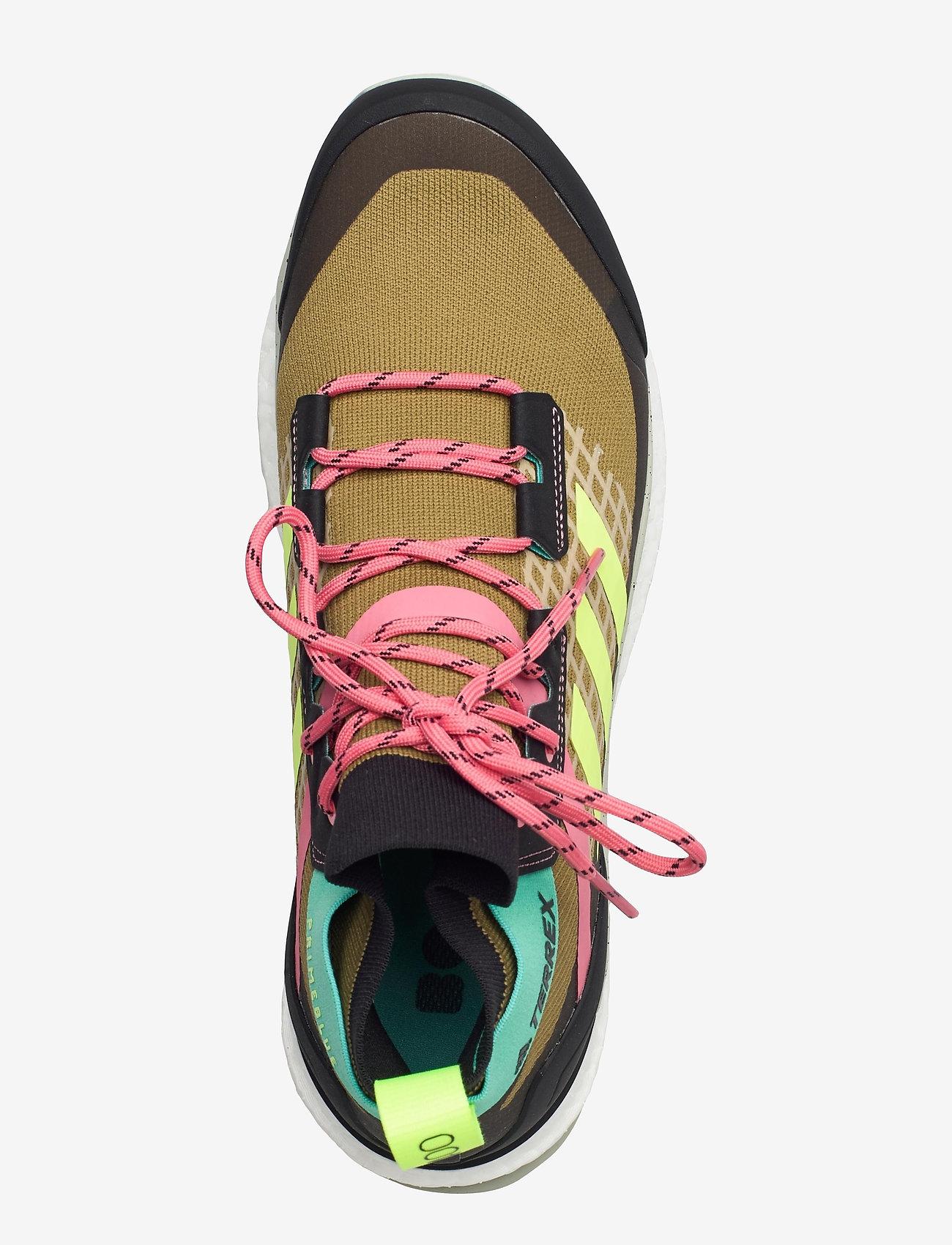 adidas Performance - Terrex Free Hiker Primeblue Hiking - vandringsskor - wilmos/cblack/acimin - 3