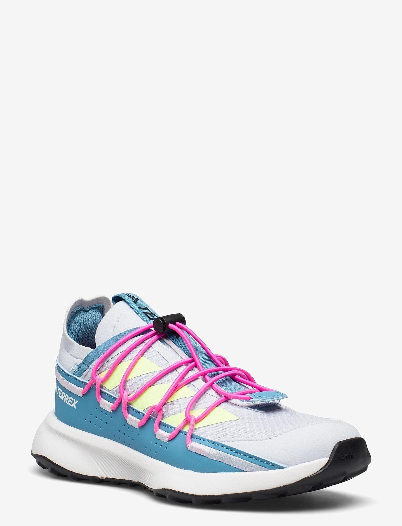 adidas Performance - Terrex Voyager 21 Travel  W - running shoes - halblu/hireye/scrpnk - 0