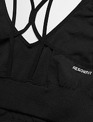 adidas Performance - Aeroknit Designed To Move Seamless Low Support Bra Top W - sport bras: low support - black/white - 5