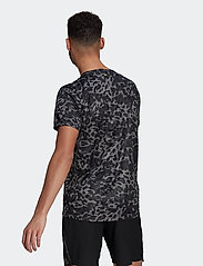 adidas Performance - Fast Primeblue Graphic T-Shirt - sportoberteile - grefou - 3