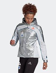 adidas Performance - Marathon Space Race Jacket W - träningsjackor - msilve/white - 0