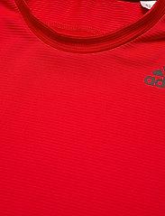 adidas Performance - Primeblue AEROREADY 3-Stripes Slim T-Shirt - sportoberteile - vivred - 4