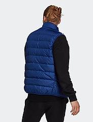 adidas Performance - Essentials Light Down Hooded Parka - sportjackor - vicblu - 3