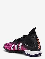 adidas Performance - Predator Freak.3 Turf Boots - fodboldsko - cblack/ftwwht/shopnk - 2