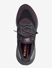 adidas Performance - Ultraboost 21 - löbesko - carbon/carbon/solred - 3
