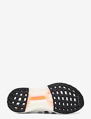 adidas Performance - ULTRABOOST CC_1 DNA - löbesko - cblack/cblack/scrora - 4