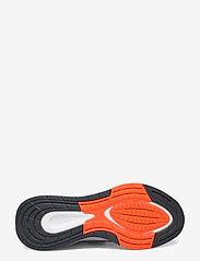 adidas Performance - EQ21 Run - löbesko - ftwwht/cblack/gresix - 4
