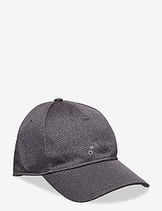 C40 CLMCH CAP - BLACK/BLACK/GRETHR