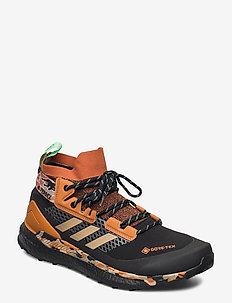 TERREX FREE HIKER GTX - chaussures de randonnée - cblack/hemp/glomin