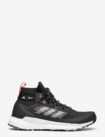 Adidas Performance Terrex Free Hiker Parley- Sport Buty Cblack/grethr/bluspi
